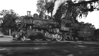 SP No. 1816 in Redwood City, was built in 1908 - photographer unknown