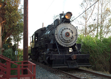 Ventura County No. 2 Approaches Middleton at Orange Empire Railway Museum (Richard Boehle photo)